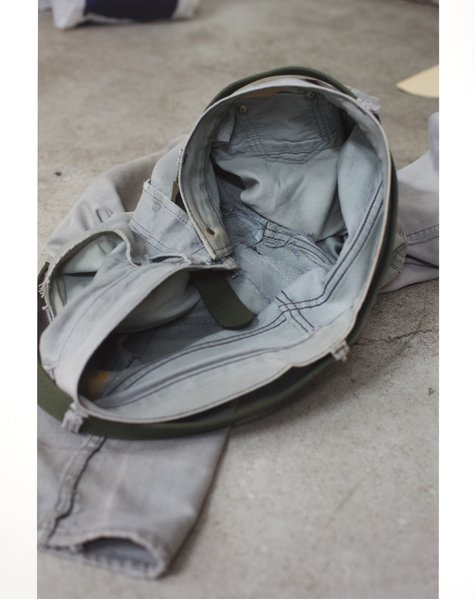 Wolfgang Tillmans, grey jeans inside, 2012